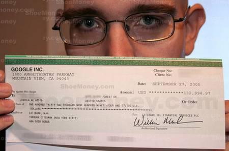 Un cheque de Google AdSense: 132000 $