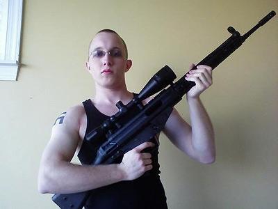 Neonazi Daniel Cowart que intentó asesinar a Obama
