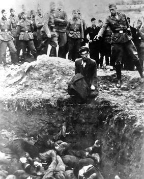 Einsatzgruppen, asesinatos masivos de judíos en el Frente del Este