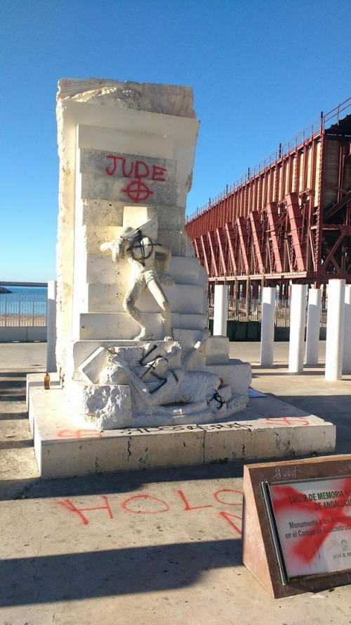 Monumento a las víctimas nazis de Mauthausen (Almería)