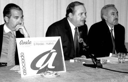 El fascista José Luis Roberto presidiendo los puticlubs ANELA